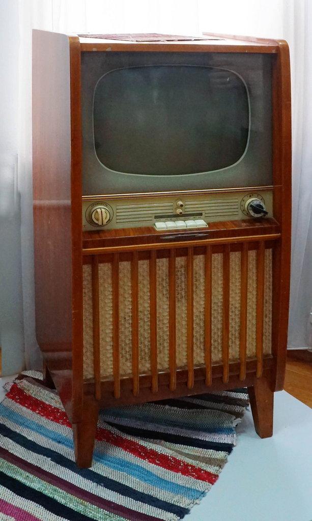 """Телевизор """"Рубин-202"""". Фонды Орловского краеведческого музея"""